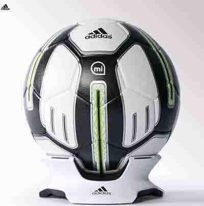 Pallone-da-calcio-smart-A