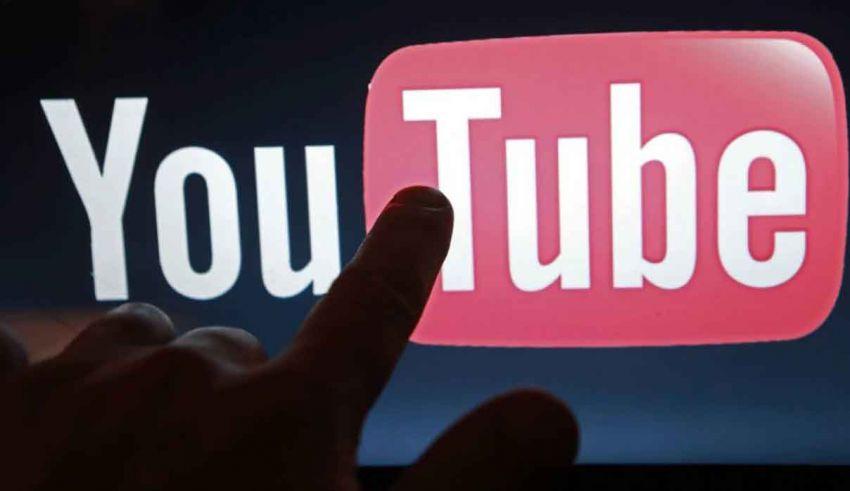Come unire video YouTube automaticamente e gratis